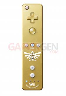 photo-wiimote-doree-collector-zelda-skyward-sword-02