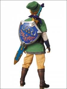 Medicom figurine the legend of zelda Skyward Sword 21.03.2013. (2)